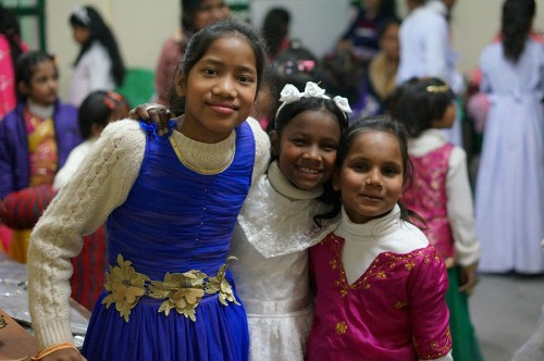 Backstage with Roshni, Santoshi and Priyansi