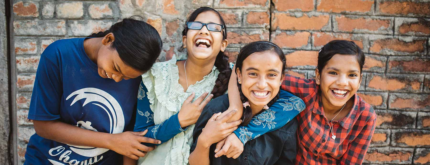 gsam-girls-laughing